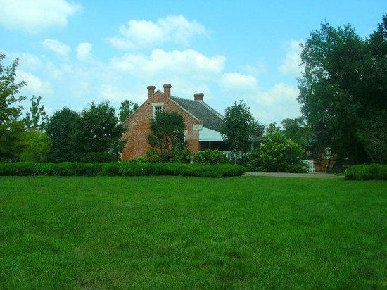 Governor's Mansion: Old Slaves Quarters