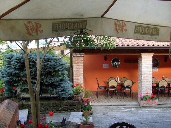 Bier Stube da Mauro: giardino interno 2