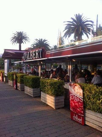 D'Albert : вход в ресторан
