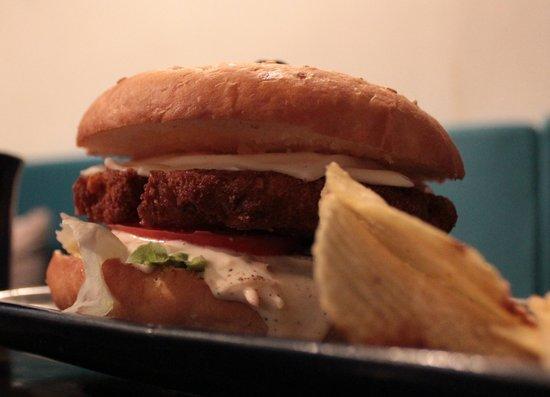 Turquoise Villa: Big Cheesy Chicken Burger