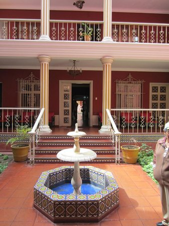 Hostal Colonial: Did I mention courtyards
