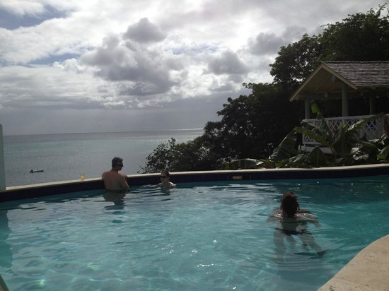 St. James's Club Morgan Bay - All Inclusive: The Infinity adult pool