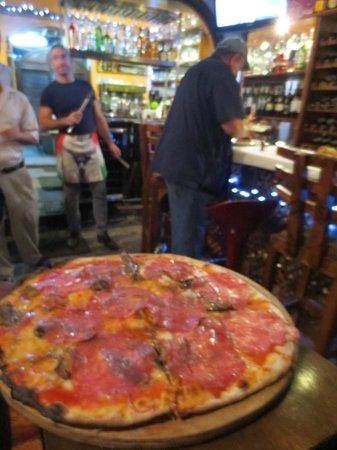 El Cazador Italiano: Pizza.