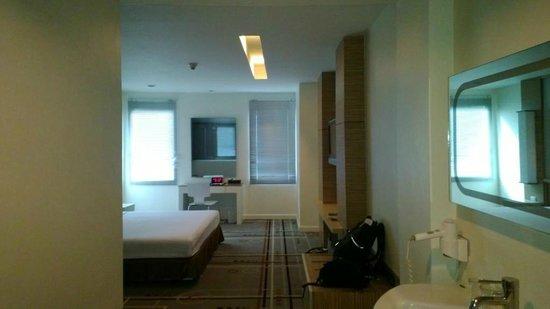 Miracle Suvarnabhumi Airport Hotel : Room