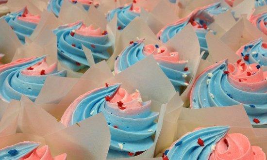 Scratch Cupcakery Cedar Falls: Custom Patriotic Cupcakes