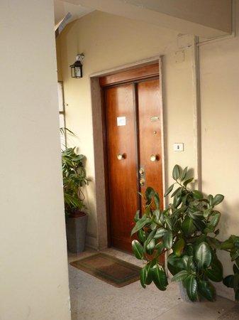 Maison Genevois 3: Entrée/palier