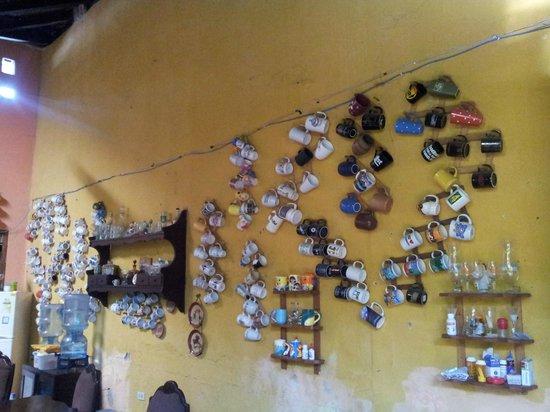 Hostal San Angel: colección de tazas!!!!!
