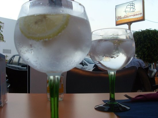 Mediterraneo: Gin and Tonic
