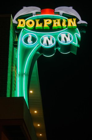 Dolphin Inn : Night Shot of sign