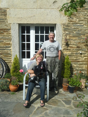 Fly fishing Galicia: your hosts, kevin and Louise Pringle and Frankie