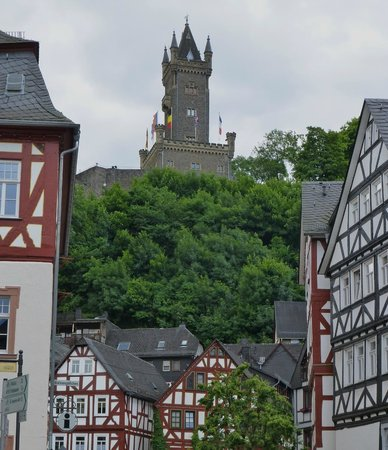 Wilhelmsturm: View of tower from down town