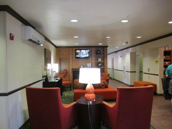Fairfield Inn & Suites Dallas North by the Galleria : Lobby
