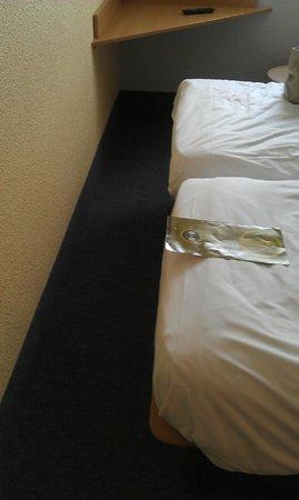 B&B Hotel Chateauroux Deols: Ici aussi c'est étroit