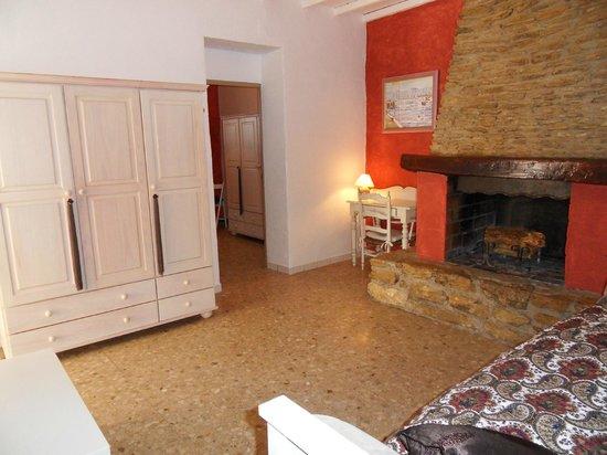 Le petit salon de la Suite Ivana - Picture of Le Jardin D ...