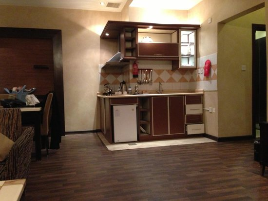 Boudl Al-Masif : Kitchen