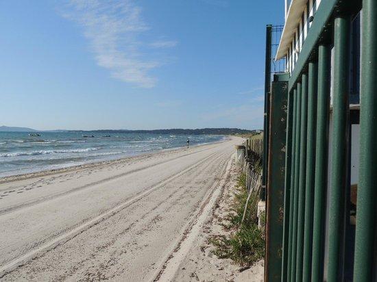 Ibis Hyeres Plage Thalassa: spiaggia