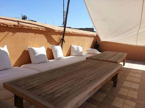 Hotel & Spa Riad Dar Sara: Un morceau de la terrasse