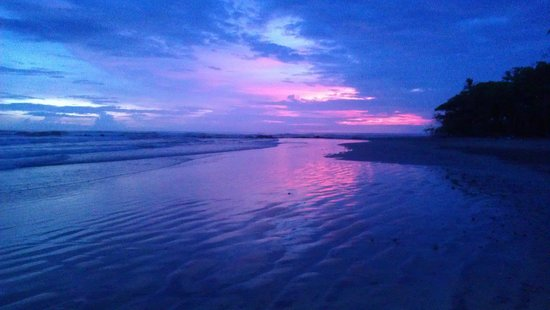 Playa Hermosa: Post sunset