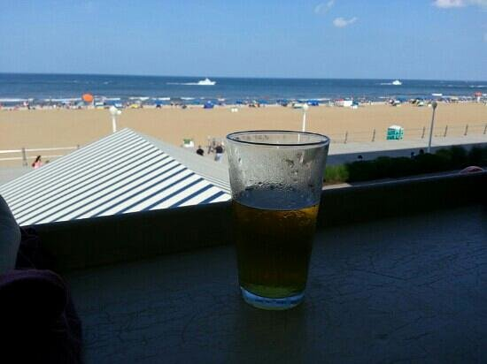 Ocean House Waterfront Seafood Restaurant: good beer and a great view
