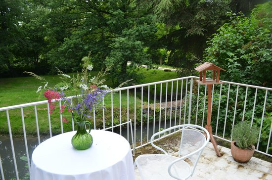 Le Moulin du Mesnil: View from Suite terrasse