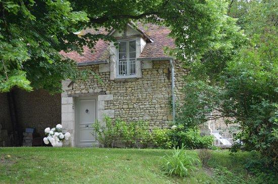 Le Moulin du Mesnil: Entry to La Suite