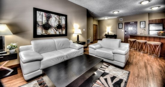 Podollan Rez-idence Grande Prairie: 2 Bedroom with 2 double beds and 1 King