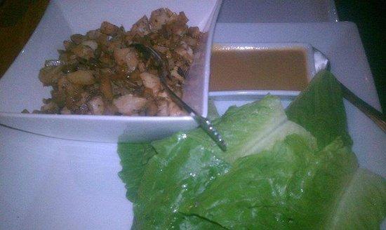 Smoky Mermaid : Chicken Lettuce Wraps