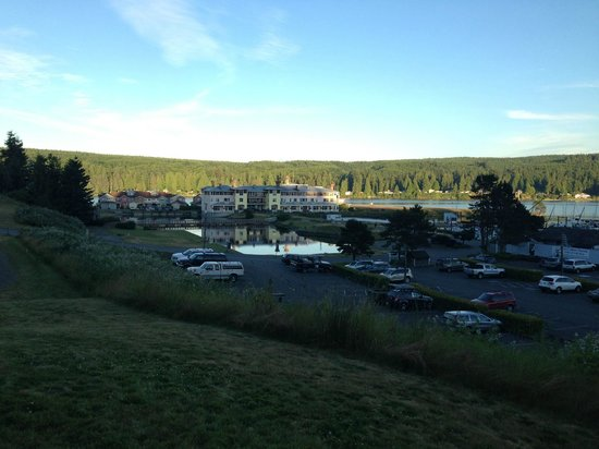 The Resort at Port Ludlow: The resort's setting puts it at the center of the bay so all activities are close by.