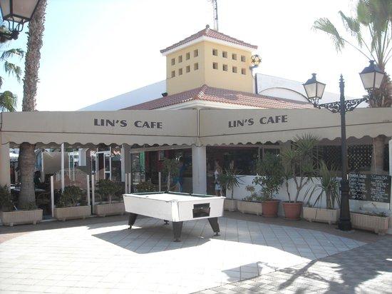 Lin's Cafe Bar: Lin's Cafe