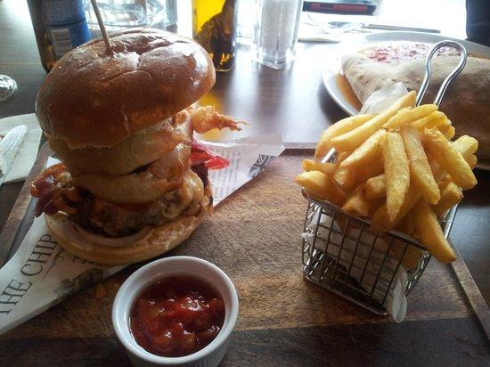 Trio: American Burger