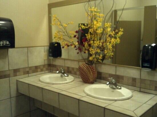 Mariah's: Updated women's restroom is nice