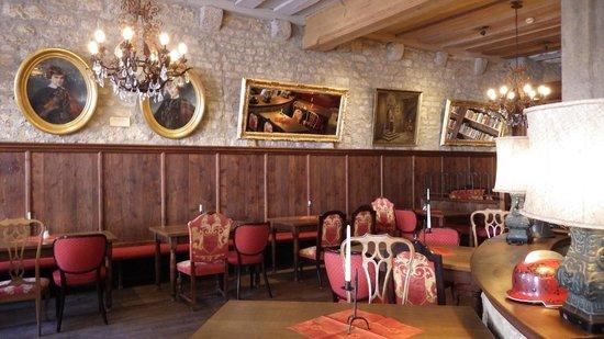 Hotel Gotisches Haus: Dining room