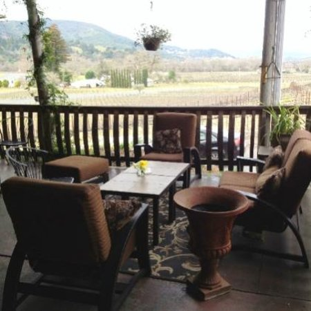 Papapietro Perry Winery: seating for your next picnic on our patio