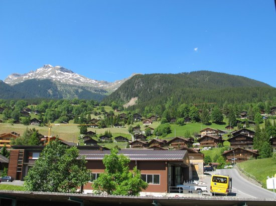 Mountain Hostel Grindelwald : Outside view from the window