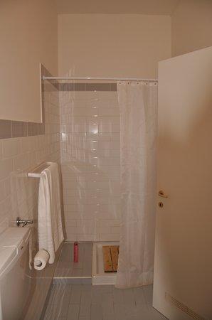 Alloggio Cavour : doccia