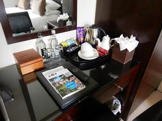 Forest Lodge Hotel: Hospitality tray