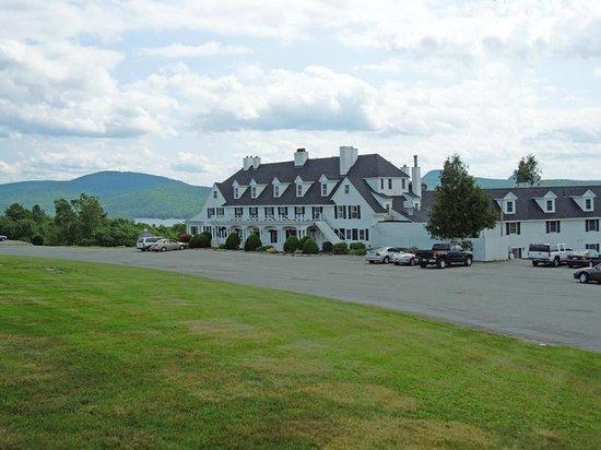 Lucerne Inn & Lake Phillips
