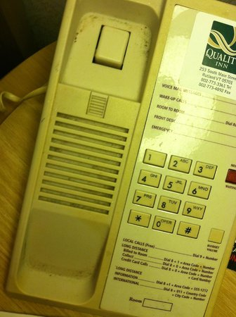Quality Inn: Phone in the room