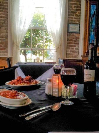 Lamache's Italian Restaurant