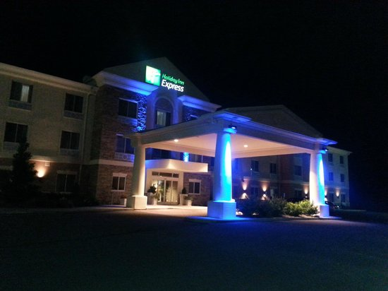 Holiday Inn Express Hotel & Suites West Coxsackie: Entrée de l'hôtel