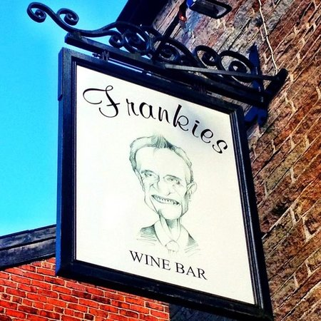 Frankies Wine Bar & Lodge