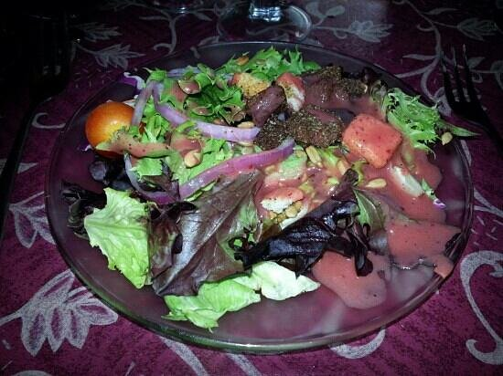 Boars Head Restaurant & Tavern : Salad that comes with every meal.