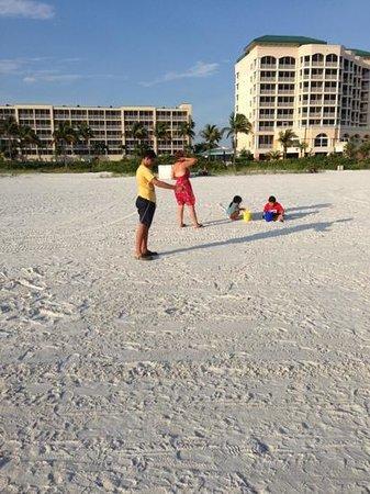 Pink Shell Beach Resort & Marina: lindo relajante y comodo