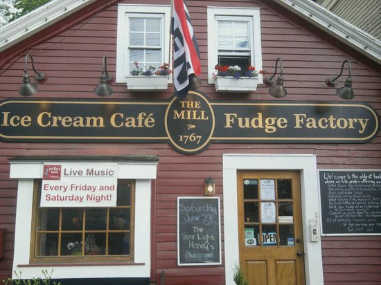 The Mill Fudge Factory: Get the BEST Ice Cream and Fudge here. Sandwiches too!