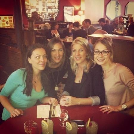 Cafe Moderne: enjoying tasty food with amazing friends