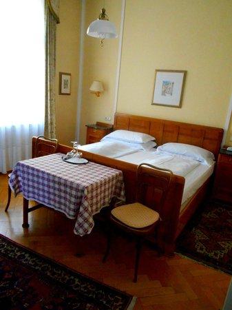 Westend Hotel: Standard Room