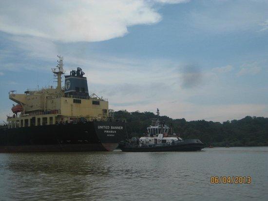Gamboa Rainforest Resort Monkey Island Tour: huge ships