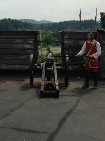 The Fort William Henry Museum & Restoration: firing of the cannon!