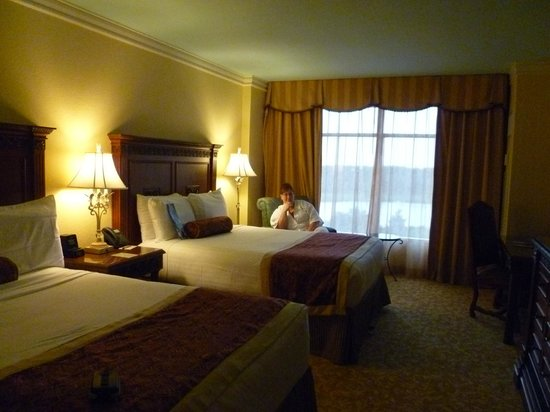Orlando Fl Hotel Rooms For  People
