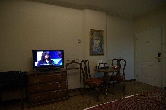 Safi Royal Luxury Towers: Вид на жилую комнату